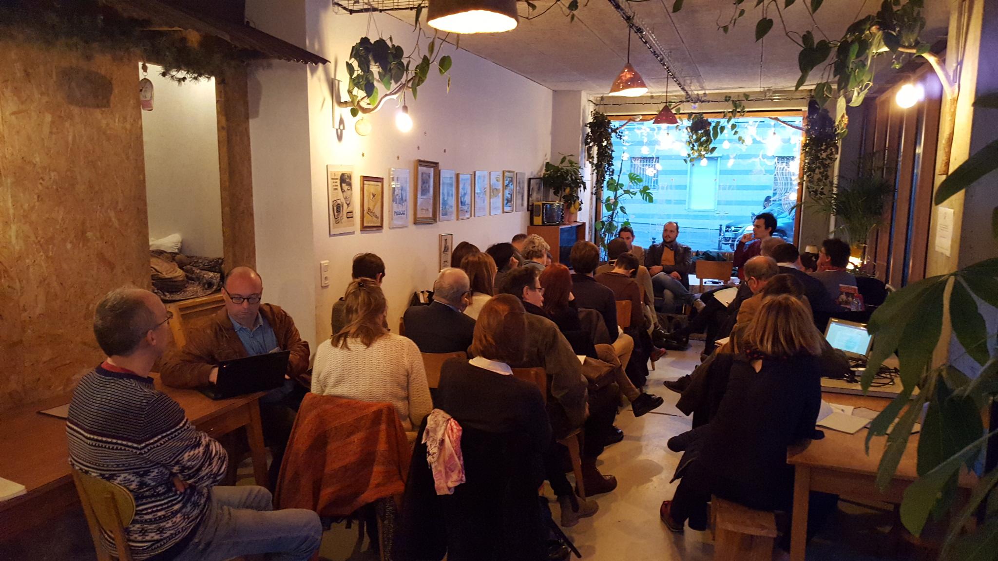 café débat travail et politique supercafé association